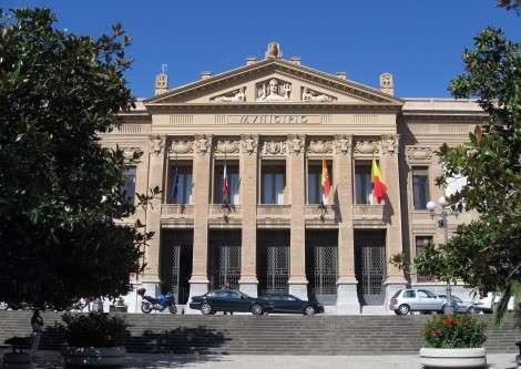Messina, De Luca presenta la squadra: Mondello vicesindaco