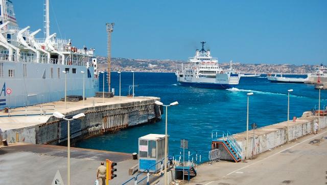 Trasporto marittimo Messina e Reggio