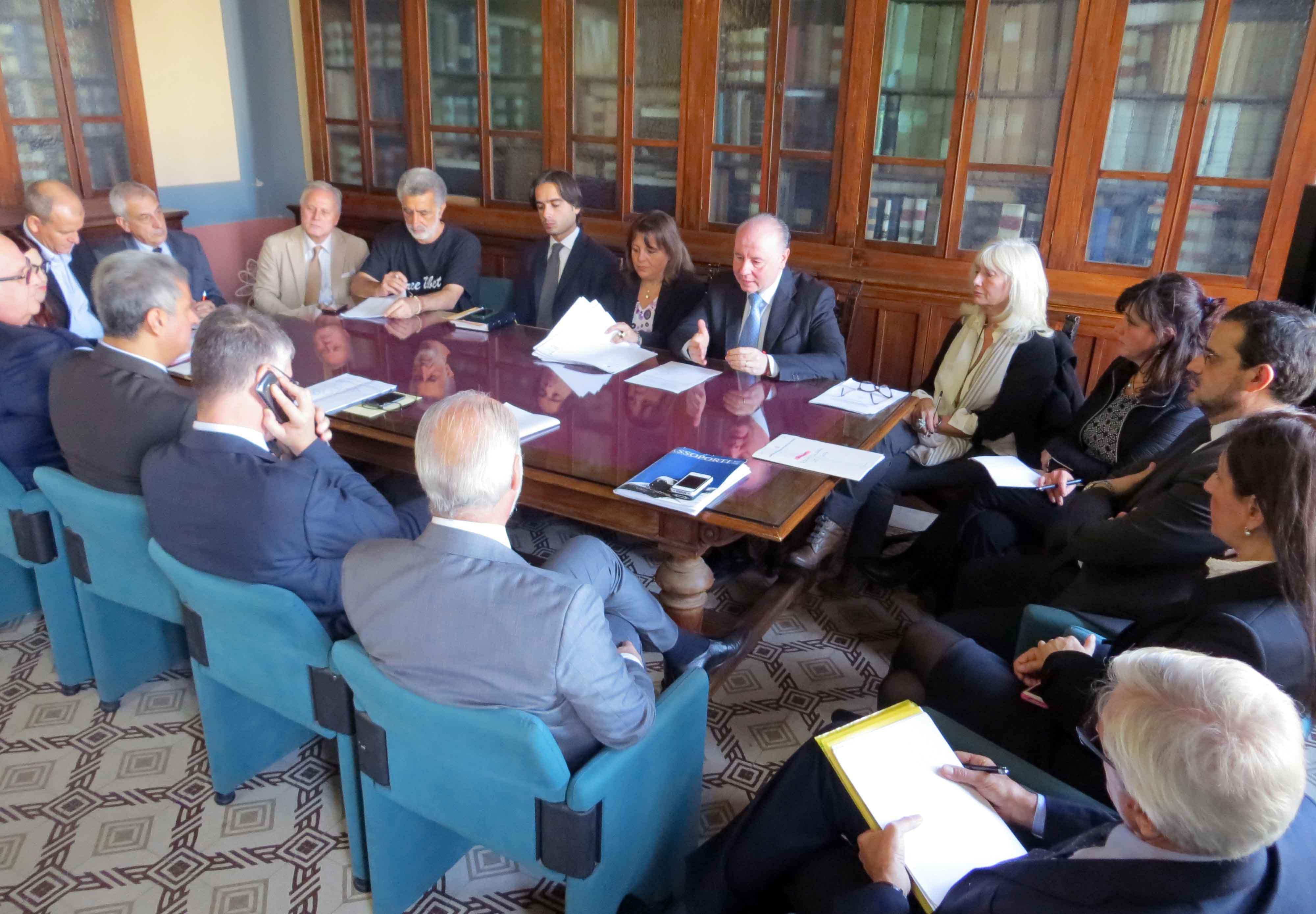 Reggio, tavolo tecnico trasporti Stretto
