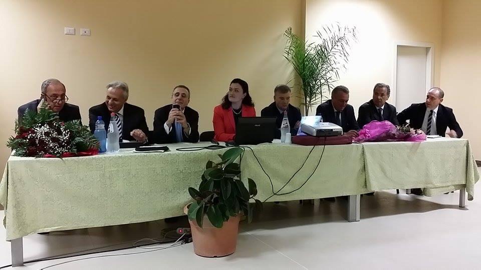 Tavolo conferenza Giunta Scopelliti uscente