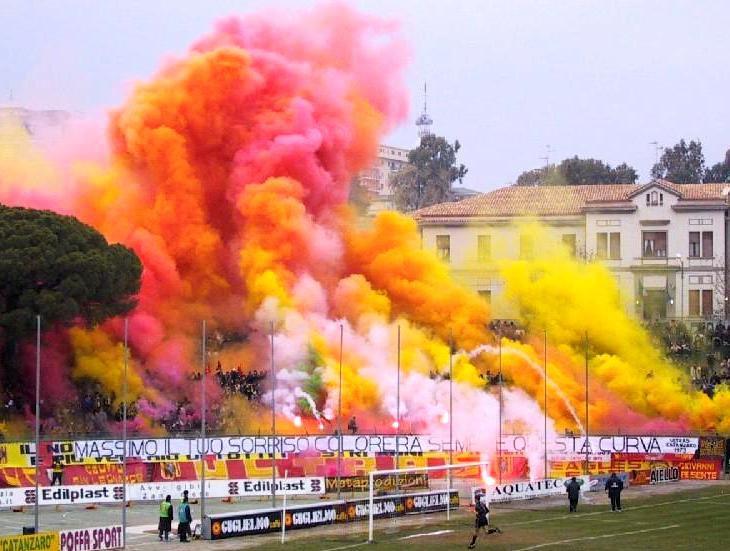 Catanzaro Calcio curva Massimo Capraro