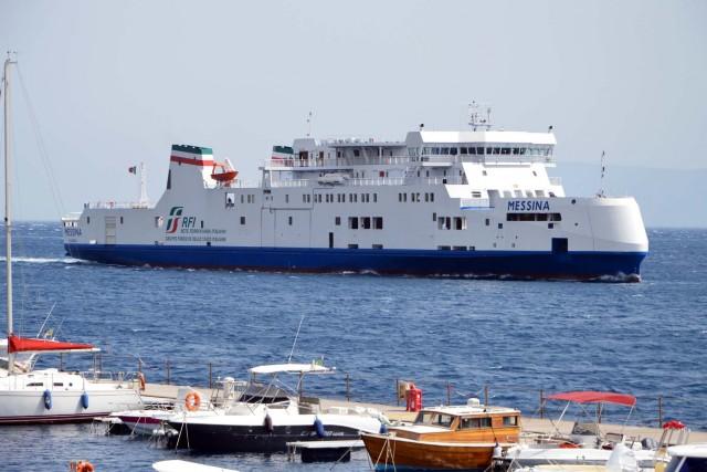 Rfi navigazione traghetto Messina Villa san giovanni