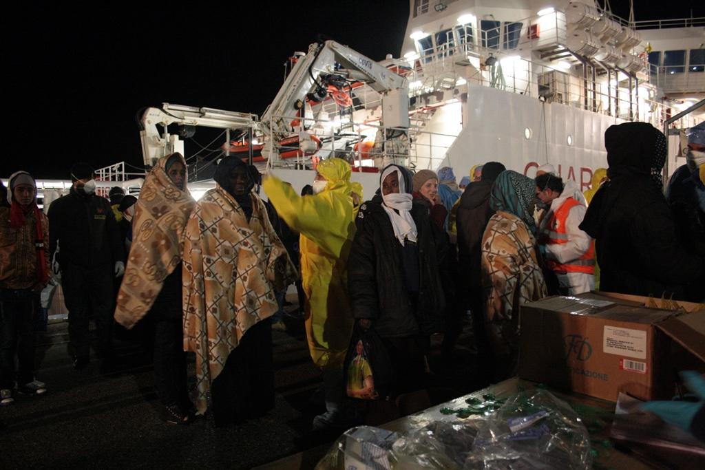 Sbarco Migranti Corigliano (7)