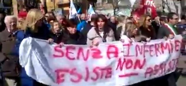 Manifestazione Annunziata Cosenza