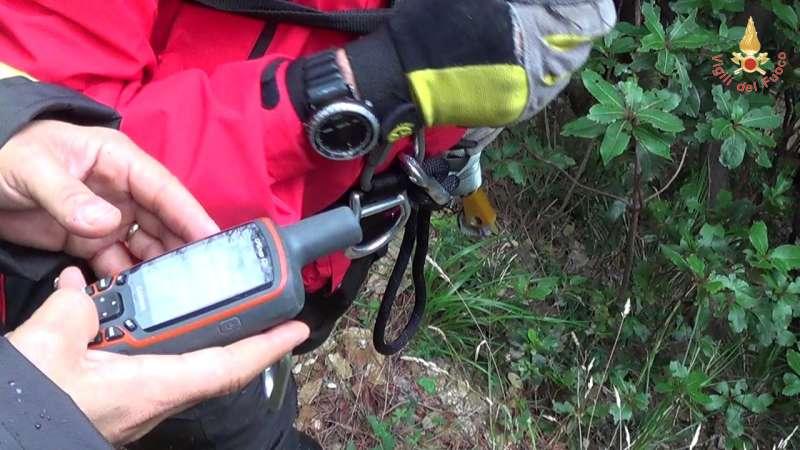 Lamezia - Corso di Topografia applicata al soccorso dei Vigili del Fuoco (FOTO) - strill.it