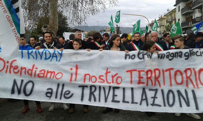 Protesta No Triv a Corigliano Calabro