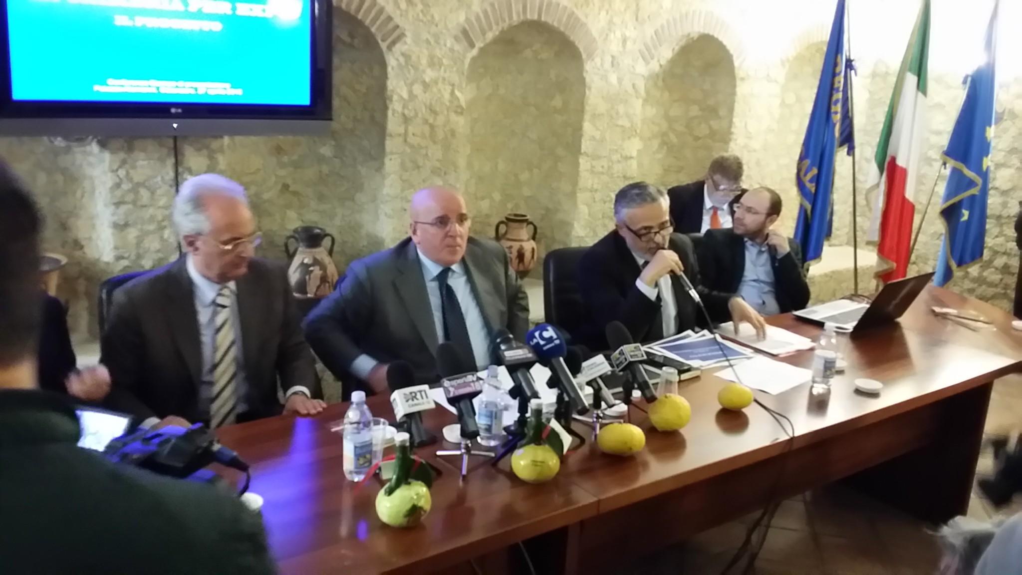 Oliverio presenta Expo 2015 Calabria