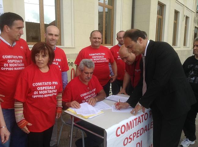 Sindaco Giannetta firma petizione Pro Ospedale