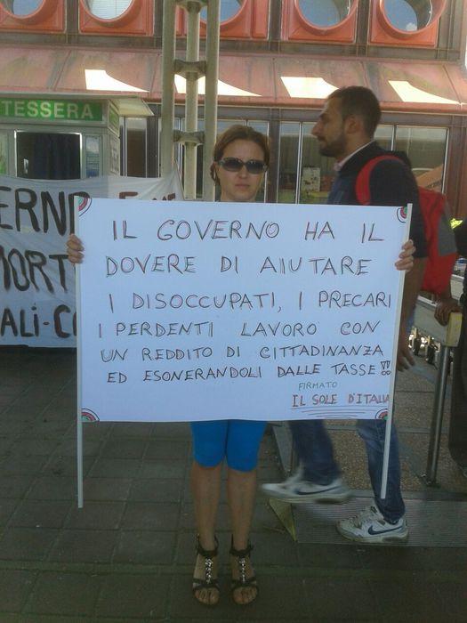 Protesta sugli ammortizzatori sociali a Lamezia