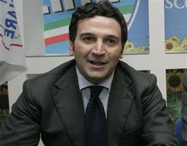 """Calabria e Sanità, Orsomarso: """"Intervenga l'esercito"""""""