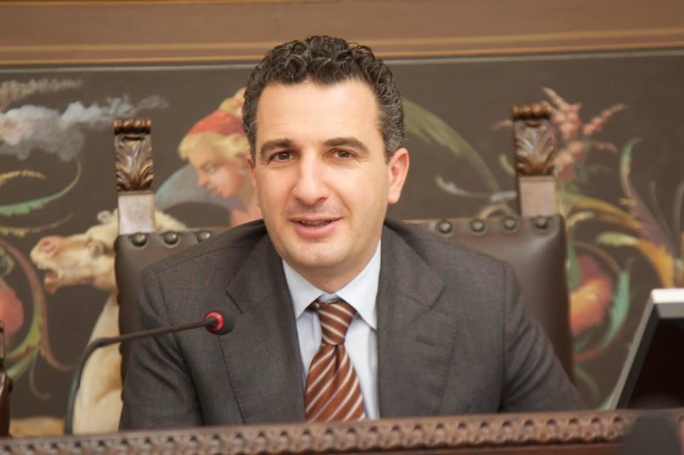 Approvata in Consiglio legge su relazioni tra Calabria e calabresi nel mondo