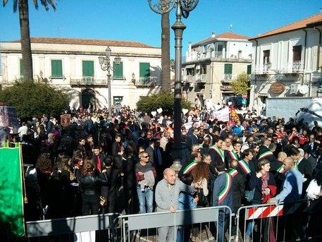 Manifestazione a Polistena contro la chiusura dell'ospedale