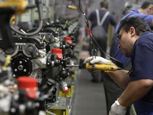 Industria Economia-reale-positiva-500x375