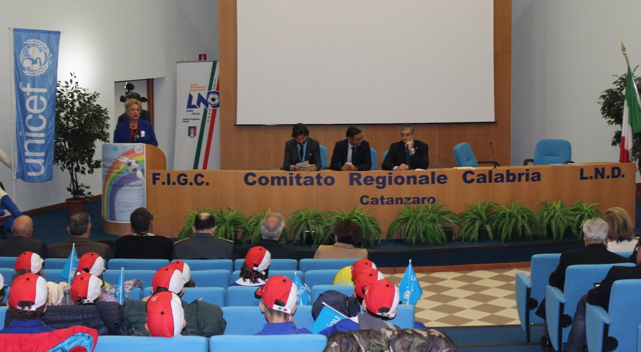 tavolo relatori Unicef Lnd