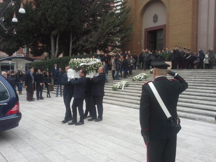 Furnerali bimba morta a Cosenza