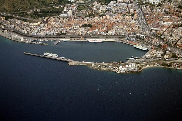 Port_of_Reggio_Calabria_1200