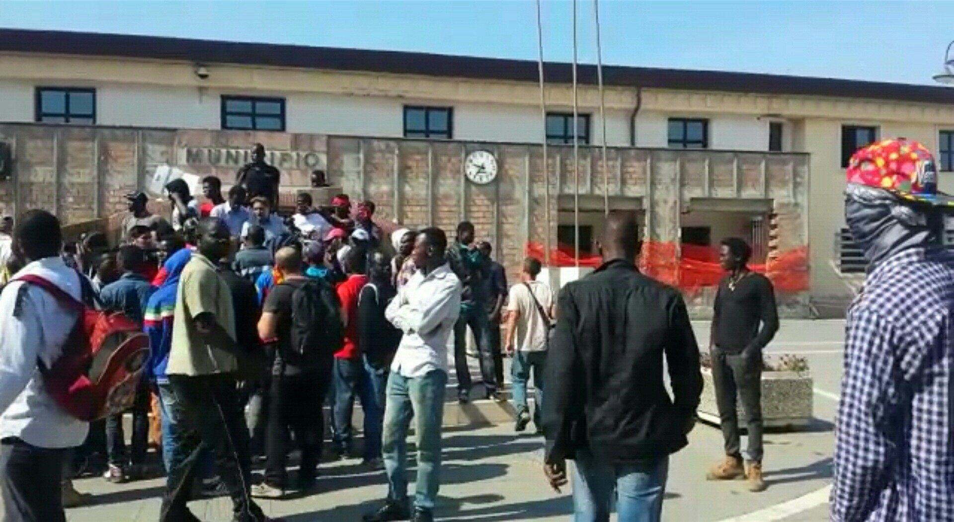 Protesta migranti San Ferdinando