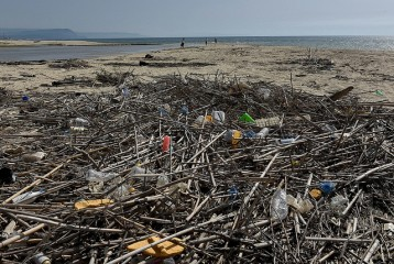 """Legambiente - Calabria tra i """"malati cronici"""" per inquinamento del mare"""