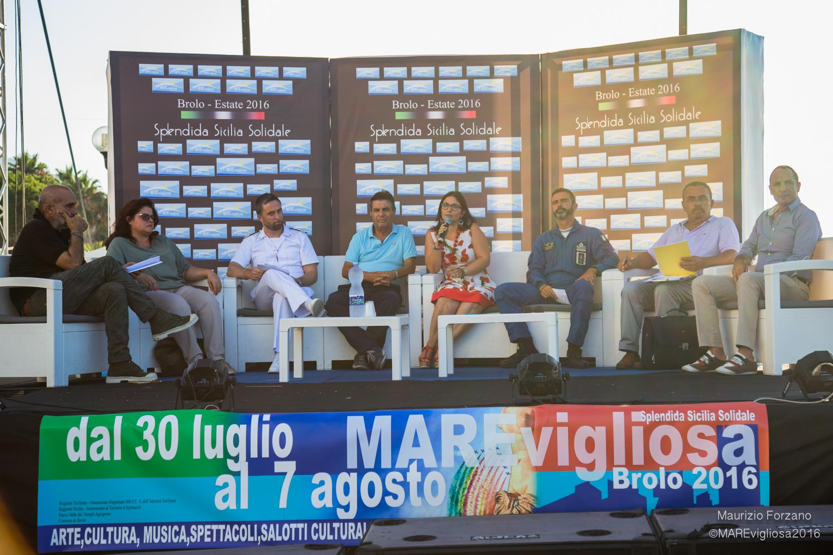 Conferenza stampa Frecce tricolori su BroloConferenza stampa Frecce tricolori su Brolo
