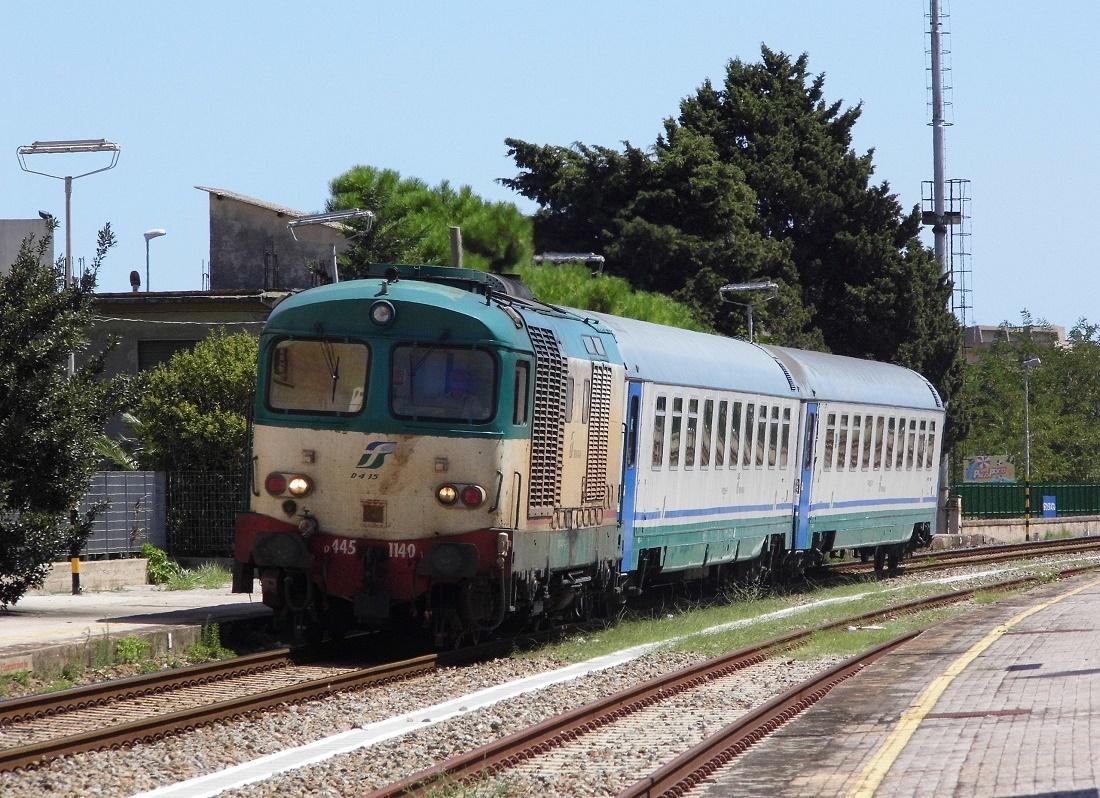 Treno intercity Rc-Ta