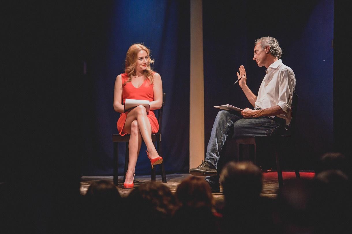 Gioia Tauro (RC) - Al teatro Politeama lo spettacolo sul referendum di Marco Travaglio