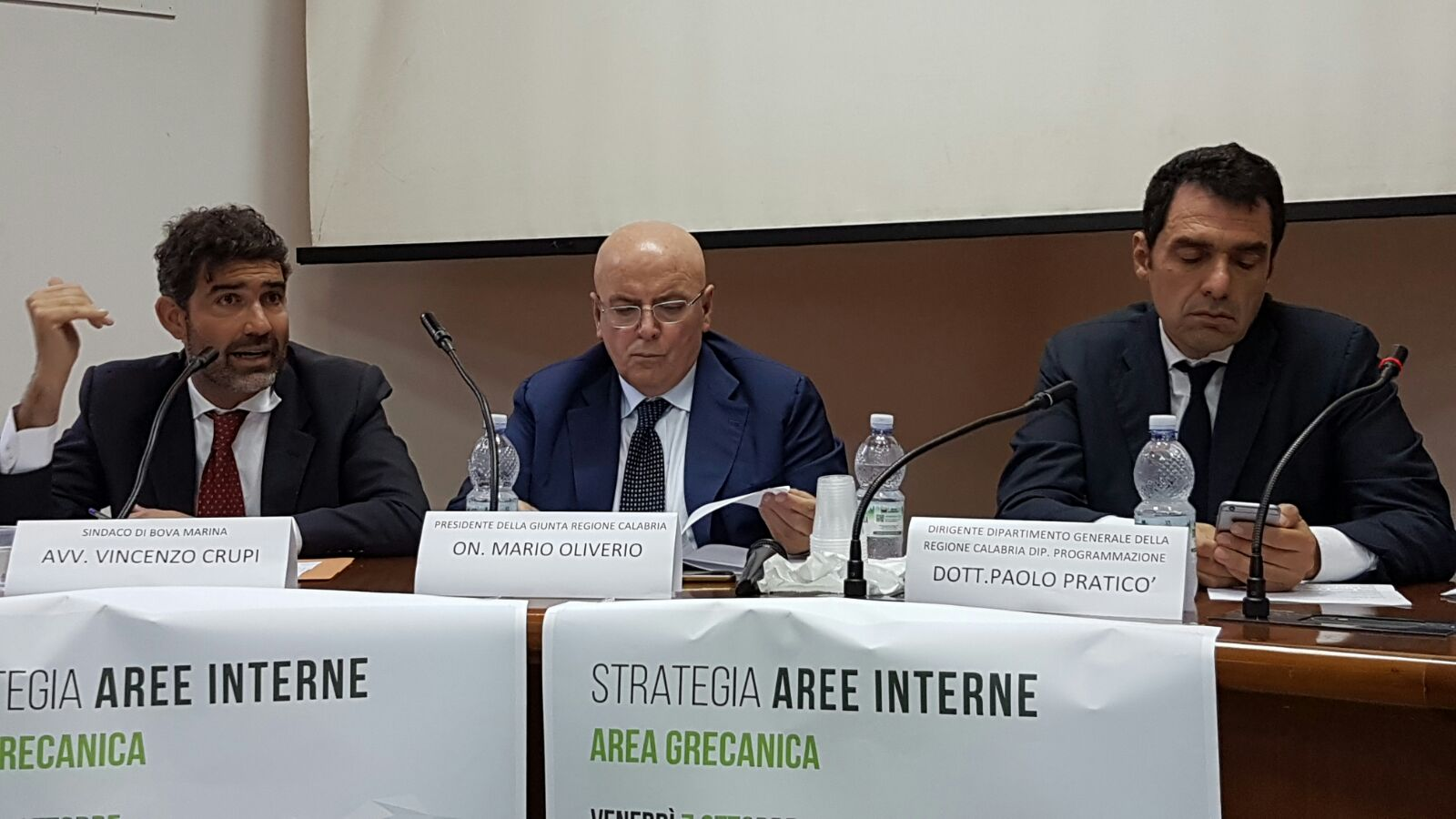 Calabria – Oliverio a Bova illustra strategie nelle aree interne e nell'area grecanicaCalabria – Oliverio a Bova illustra strategie nelle aree interne e nell'area grecanica