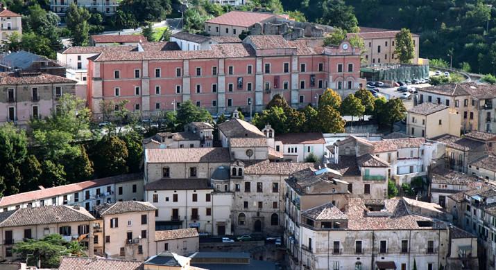 cosenza-centro-storico-foto-rinaldo-panucci-5-715x390