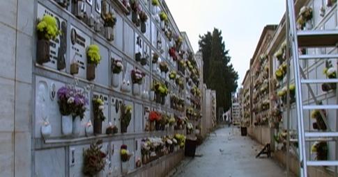 Cosenza, Giunta approva interventi nel cimitero cittadino
