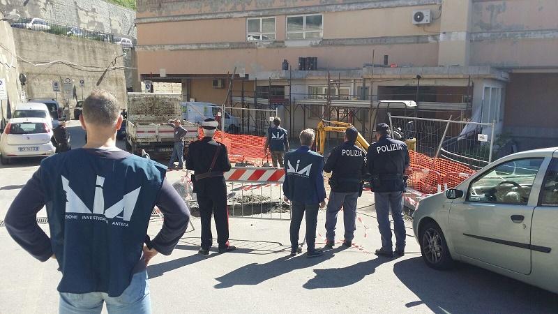 Ispezioni antimafia presso un cantiere sito in Taormina