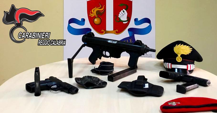 Gioia Tauro (RC) - Detenzione illegale di armi da guerra: arrestato 21enne