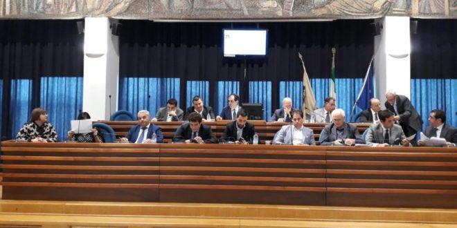 Dieci milioni di euro per la manutenzione di strade e scuole
