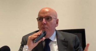 Oliverio incontra il Terzo settore: migliorare l'uso delle risorse