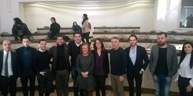 """Una """"squadra"""" di crotonesi ambasciatori della città in Italia e nel mondo"""