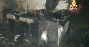 Gasperina, incendio nel centro storico a causa di una stufetta