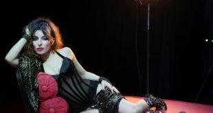 Sabrina Impacciatore apre la stagione del Politeama