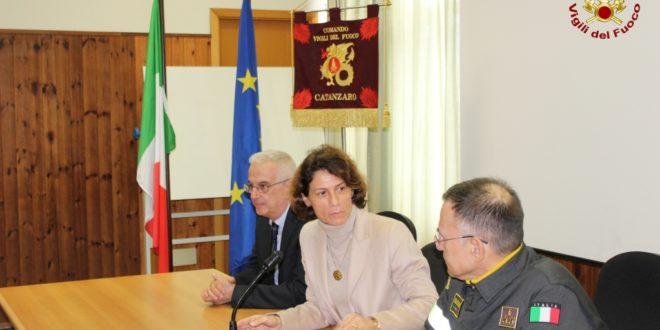 Catanzaro, il prefetto Ferrandino visita al Comando Provinciale dei Vigili del Fuoco