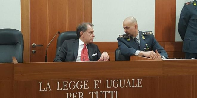 Droga, 17 arresti a Venezia, in manette anche Vadalà