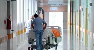 """Sanità, """"Oliverio non revoca direttori generali"""": M5S presenta esposto"""