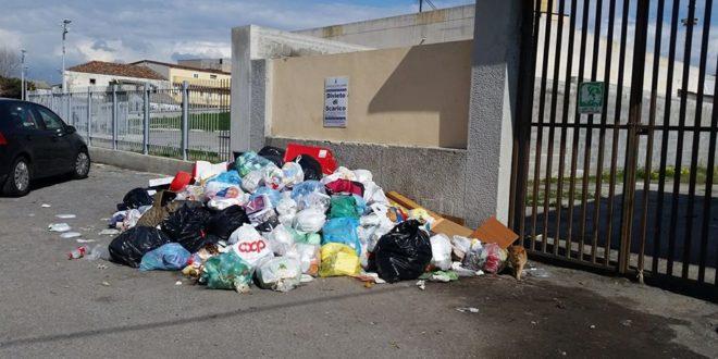 Gioia Tauro, Cittadinanzattiva denuncia abbandono rifiuti