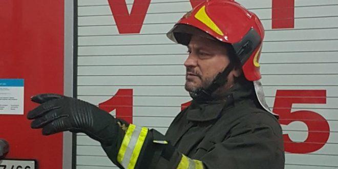 Nuovi caschi vigili del fuoco Cosenza