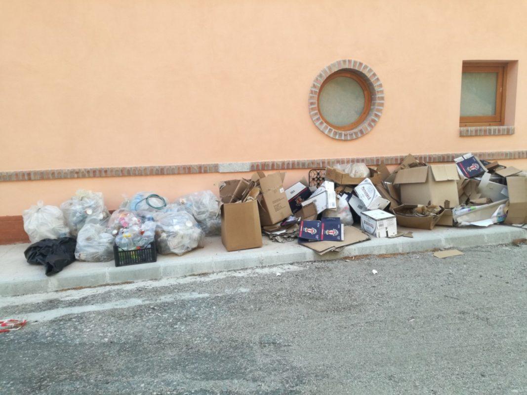 spazzatura al Fortino