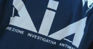 'Ndrangheta e i rapporti con i politici per la mimetizzazione legale